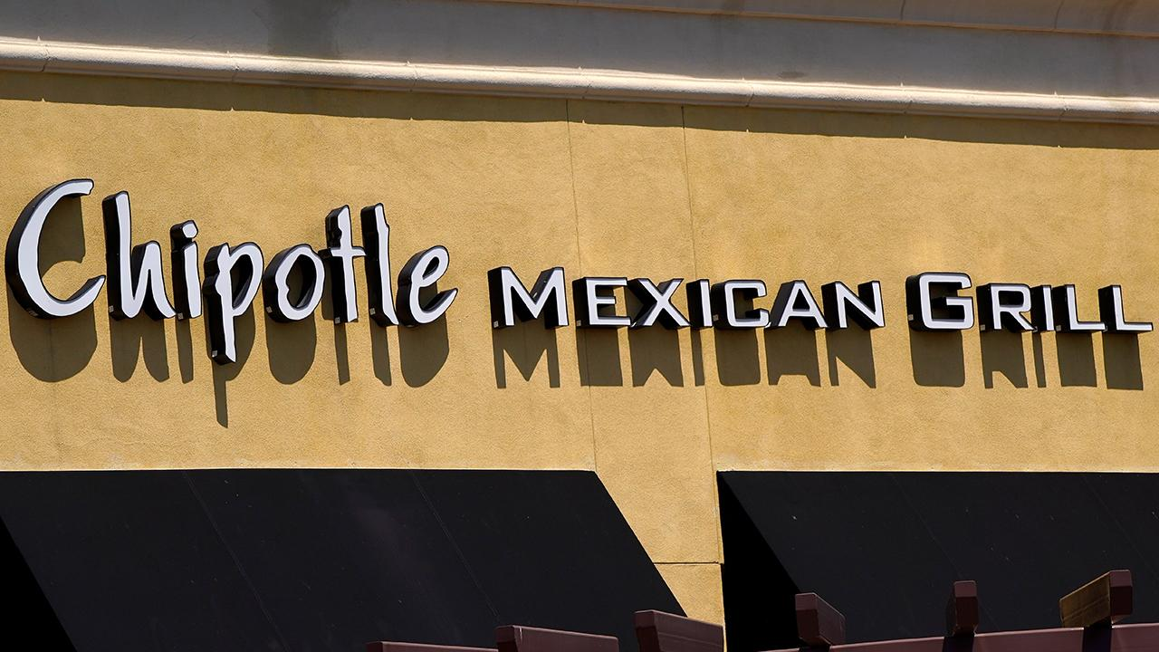Chipotle CEO and Chairman Brian Niccol on how his company is adjusting to coronavirus, including more online orders, raising employee wages and publishing its guacamole recipe.